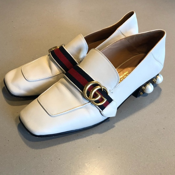 15a03800d78 Gucci Shoes - Women s Gucci Leather Mid-Heel Loafer